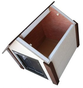 Climate Master Plus Insulated Dog House inner view